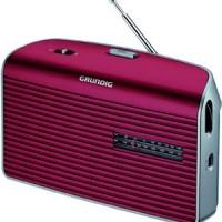 RADIO GRUNDIG FM LW MW PILES/SECTEUR ROUGE