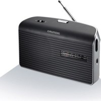 RADIO GRUNDIG DIGITALE FM RDS PILES/SECTEUR FONCTION TIMER NOIR